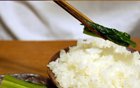さのやの野沢菜漬けは 素材・製法・味付け、全てにこだわっています。